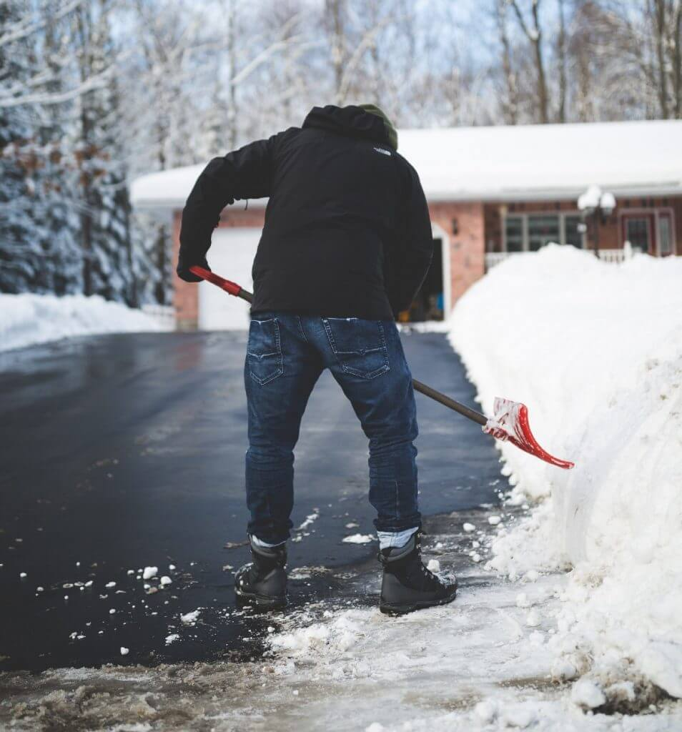 Tips for paving hot mix asphalt during the colder months.