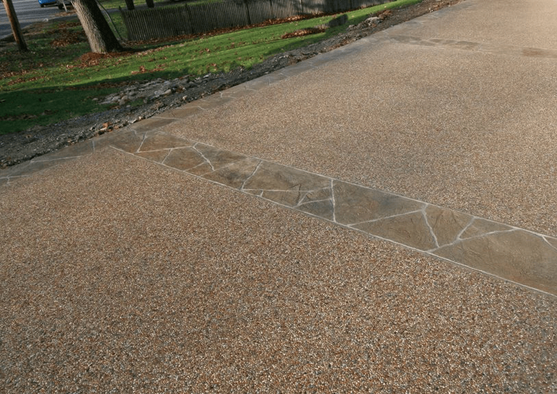 driveway with exposed aggregate in a pattern